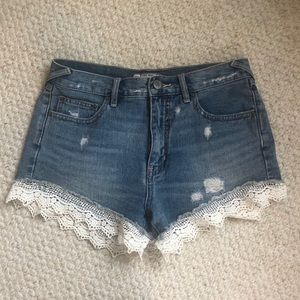 Free People high waisted lace trim shorts size 26